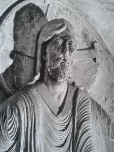 Christ Vézealy, portails roman