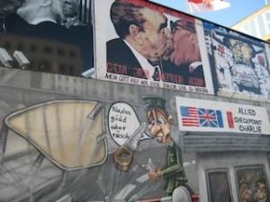 Fresques du mur de Berlin, 1990-1993