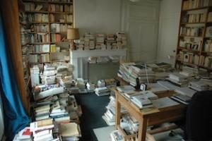 Le bureau de l'écrivain Charles Juliet