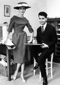 Karl-Lagerfeld-chez-Jean-Patou-en-1959