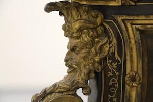 André Charles Boulle, détail en bronze d'un bureau, Lens, Louvre