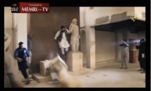 Fig. 7. Capture d'écran d'une vidéo diffusée par l'Etat Islamique sur internet et accessible sur youtube, https://www.youtube.com/watch?v=JEYX_CbwAD8 (en accès libre le mardi 28 avril 2015).